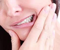 Un abcès dentaire peut-il être traité avec seulement des antibiotiques